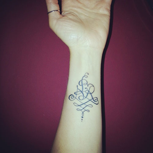 voici un joli mod le de tatouage r alis d apr s mon dessin