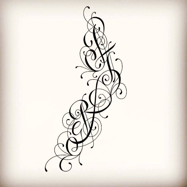 tatouage initiales entrelac es cheville. Black Bedroom Furniture Sets. Home Design Ideas